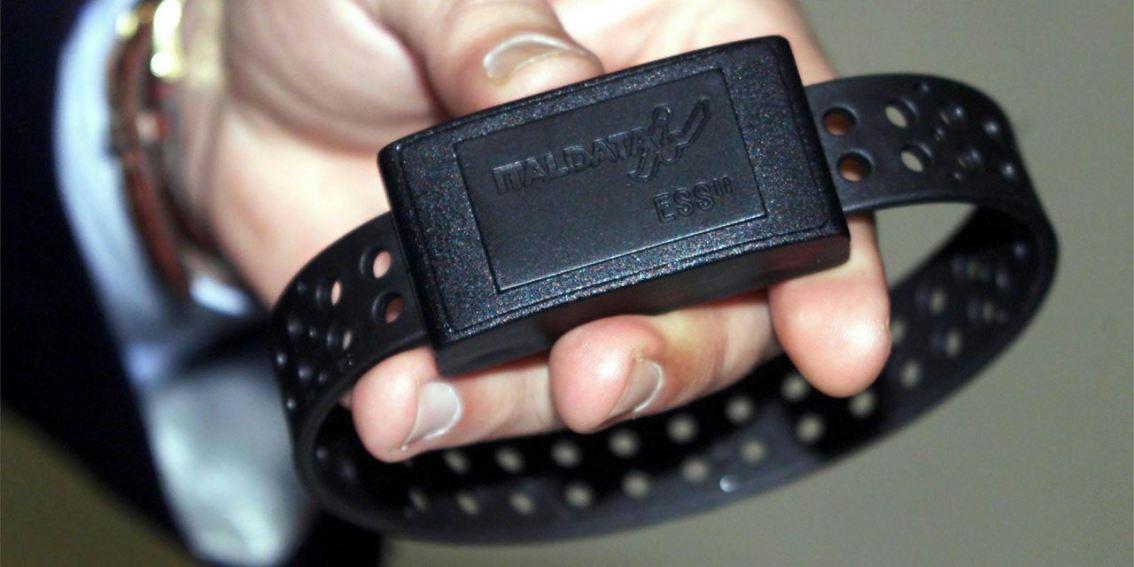 """Indisponibilità del """"braccialetto elettronico"""": la parola alle SezioniUnite"""